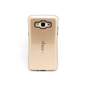 Силиконовый эргономичный чехол с нескользящими гранями для Samsung Galaxy A3 Бежевый