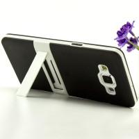 Двухкомпонентный силиконовый чехол с пластиковым каркасом-подставкой для Samsung Galaxy A5 Черный