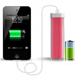 Экстрапортативное легкое 70 гр зарядное устройство Lipstick 2600 mAh