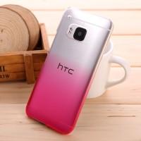 Пластиковый градиентный полупрозрачный чехол для HTC One M9 Пурпурный