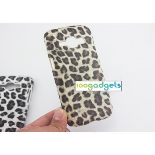 Пластиковый матовый чехол текстура Леопард для Samsung J1