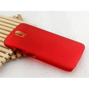 Пластиковый матовый непрозрачный чехол для HTC Desire 526 Красный