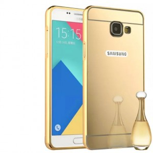 Двухкомпонентный чехол c металлическим бампером с поликарбонатной накладкой и зеркальным покрытием для Samsung Galaxy A3 (2016) Бежевый