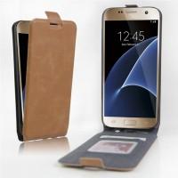 Чехол вертикальная книжка на силиконовой основе с отсеком для карт на магнитной защелке для Samsung Galaxy S7 Edge Коричневый