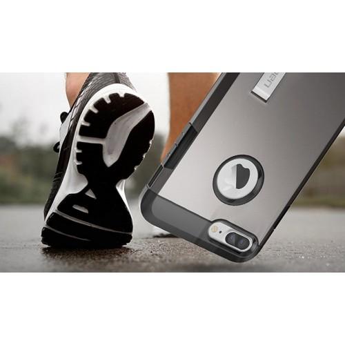 Противоударный двухкомпонентный силиконовый матовый непрозрачный чехол с поликарбонатными вставками экстрим защиты для Iphone 7/8