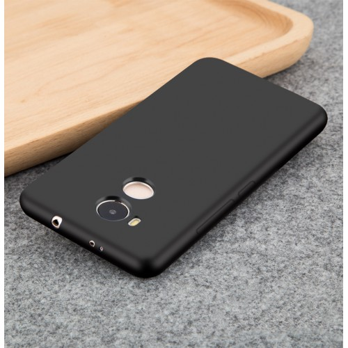 Силиконовый матовый непрозрачный чехол для Xiaomi RedMi 4 Pro Черный