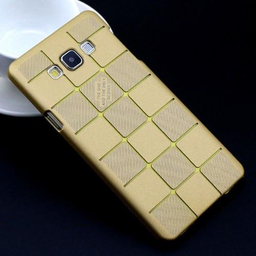 Пластиковый матовый дизайнерский чехол текстура кубы для Samsung Galaxy A7