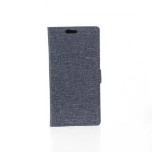 Чехол горизонтальная книжка подставка на пластиковой основе с отсеком для карт и тканевым покрытием на магнитной защелке для HTC Desire 620
