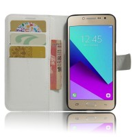Чехол горизонтальная книжка подставка на силиконовой основе с отсеком для карт на магнитной защелке для Samsung Galaxy J2 Prime  Белый