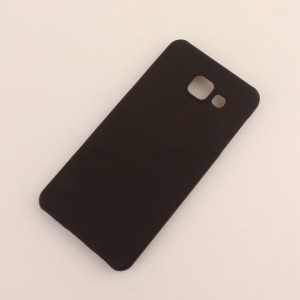 Пластиковый непрозрачный матовый чехол для Samsung Galaxy A3 (2016) Черный