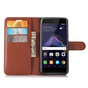 Чехол портмоне подставка на силиконовой основе с отсеком для карт на магнитной защелке для Huawei Honor 8 Lite  Коричневый