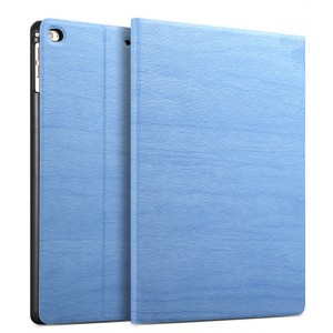 Чехол книжка подставка текстура Дерево на непрозрачной поликарбонатной основе для Ipad (2017)/Ipad (2018) Голубой