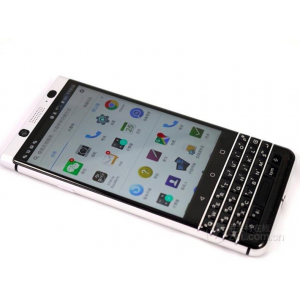 Полноэкранное ультратонкое износоустойчивое сколостойкое олеофобное защитное стекло-пленка для BlackBerry KEYone Белый