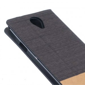 Чехол горизонтальная книжка подставка на силиконовой основе с отсеком для карт и тканевым покрытием для Doogee X6