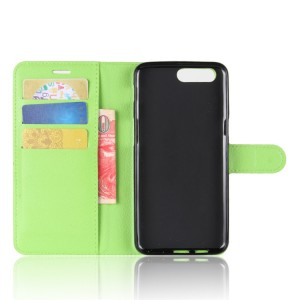 Чехол портмоне подставка на силиконовой основе с отсеком для карт на магнитной защелке для Asus ZenFone 4 Max  Зеленый