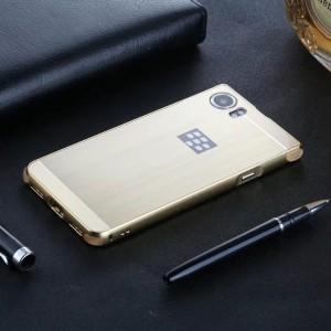Двухкомпонентный чехол c металлическим бампером с поликарбонатной накладкой и текстурным покрытием Металл для BlackBerry KEYone  Бежевый