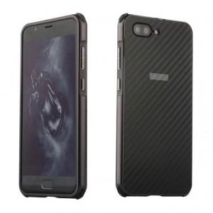 Двухкомпонентный чехол c металлическим бампером с поликарбонатной накладкой и текстурным покрытием Карбон для ASUS ZenFone 4 Max ZC520KL Черный