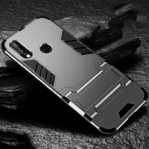 Противоударный двухкомпонентный силиконовый матовый непрозрачный чехол с поликарбонатными вставками экстрим защиты с встроенной ножкой-подставкой для Huawei P20 Lite