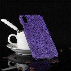 Пластиковый непрозрачный матовый чехол с текстурным покрытием Дерево для Iphone X 10/XS Фиолетовый