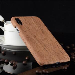 Пластиковый непрозрачный матовый чехол накладка с текстурным покрытием Дерево для Iphone Xr  Коричневый