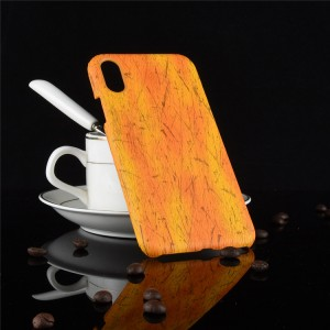 Пластиковый непрозрачный матовый чехол с текстурным покрытием Дерево для Iphone Xs Max  Оранжевый