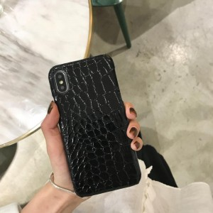 Чехол накладка текстурная отделка Кожа Рептилии для Iphone Xs Max Черный