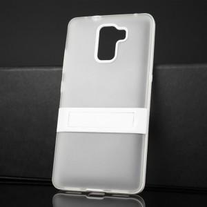 Двухкомпонентный силиконовый матовый непрозрачный чехол с поликарбонатным бампером и встроенной ножкой-подставкой для Huawei Honor 7 Белый