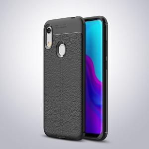 Силиконовый матовый непрозрачный чехол с текстурным покрытием Кожа для Huawei Y6 (2019)/Honor 8A Черный