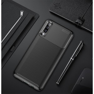 Силиконовый матовый непрозрачный чехол с текстурным покрытием Карбон для Samsung Galaxy A50 Черный