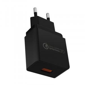 Универсальное сетевое зарядное устройство 220В 50-60Гц/USB с поддержкой быстрой зарядки QC3.0 (5В/2А, 9В/2А, 12В/1.5А) Черный