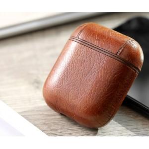 Пластиковый чехол с текстурным покрытием Кожа на карабине для Apple AirPods Коричневый