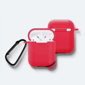 Противоударный водоотталкивающий силиконовый чехол с карабином для Apple AirPods Красный