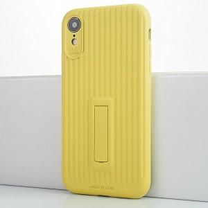 Силиконовый матовый непрозрачный чехол с нескользящим софт-тач покрытием и встроенной ножкой-подставкой для Iphone Xr Желтый