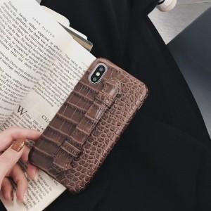 Чехол накладка текстурная отделка Кожа рептилии с петлей-держателем для Iphone 7/8 Коричневый